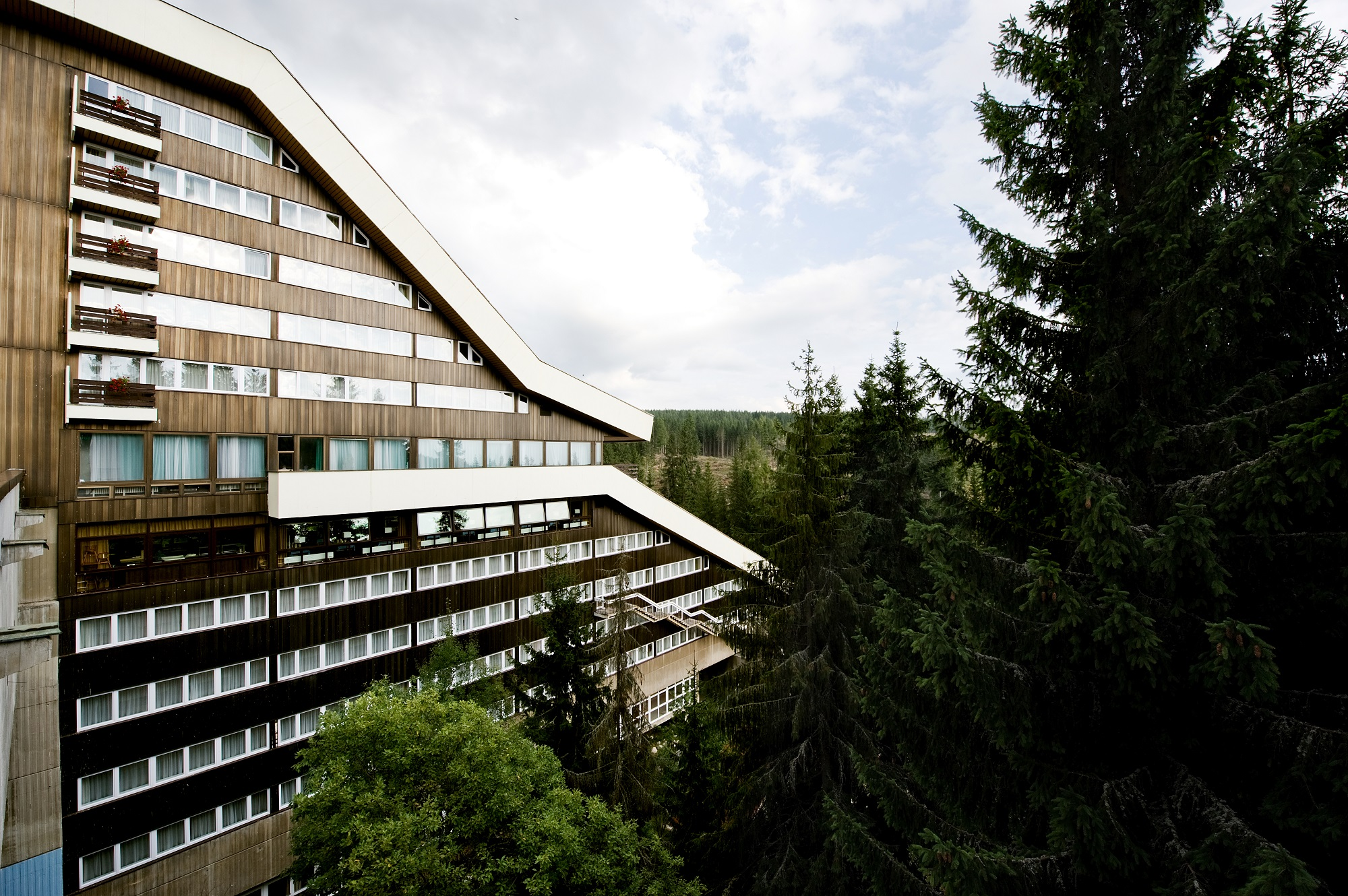 9156e06e5 SK-Kongres-grand-hotel-permon-podbanske-teambuildingove-wellness -horske-hotely